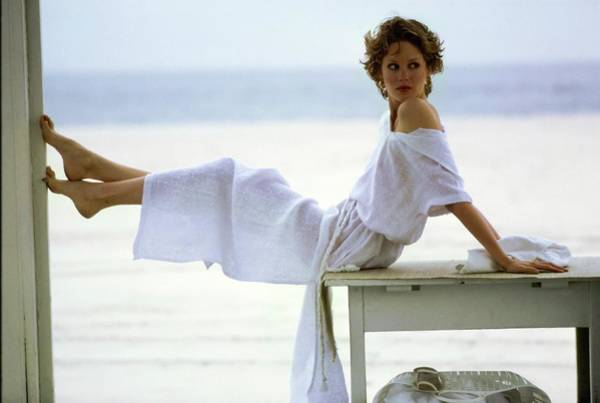 Rosie Wall Art - Photograph - Rosie Vela Wearing A White Caftan by Arthur Elgort