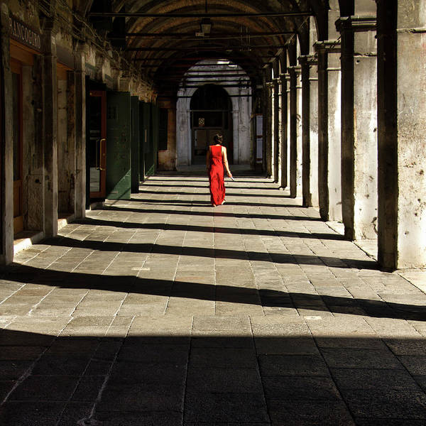Red Dress Photograph - Rosso Veneziano by Enzo De Martino