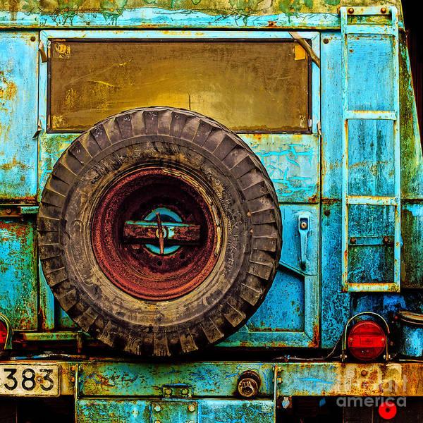 Photograph - Rough Times Pop by Lutz Baar