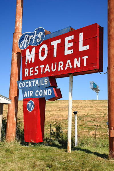 Midwest Photograph - Route 66 - Art's Motel by Frank Romeo