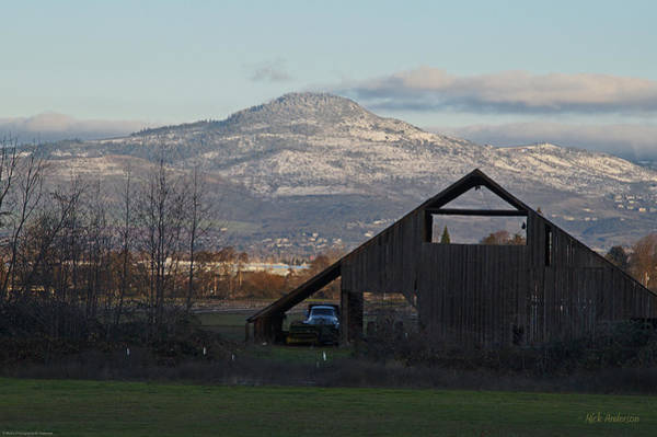 Rogue Valley Photograph - Roxy Ann And The Dark Barn by Mick Anderson