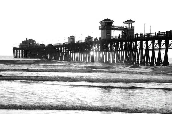 Photograph - Ruby's Diner Oceanside Pier by Bridgette Gomes