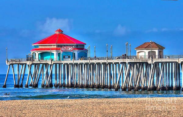Ruby Wall Art - Photograph - Ruby's Surf City Diner - Huntington Beach Pier by Jim Carrell
