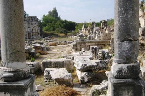 Eastern Anatolia Photograph - Ruins In Turkey by Teresa Ruiz
