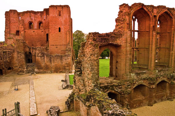 Warwickshire Photograph - Ruins Of Kenilworth Castle by Glenn Beanland