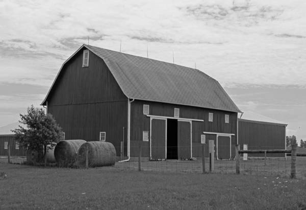 Wall Art - Photograph - Rural Indiana Barn II - Black And White by Suzanne Gaff