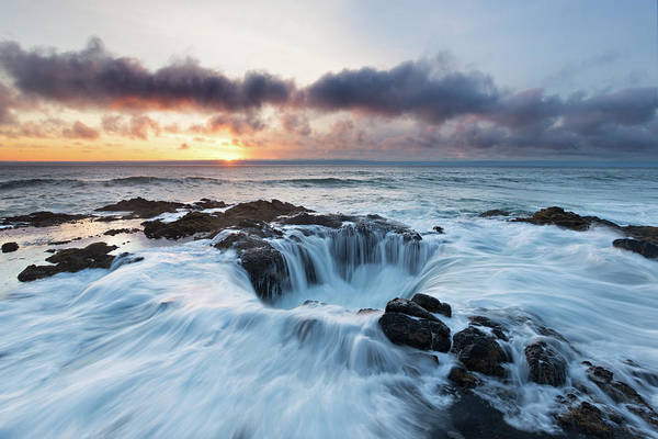 Cape Perpetua Wall Art - Photograph - Rush To The Well by Ropelato Photography; Earthscapes