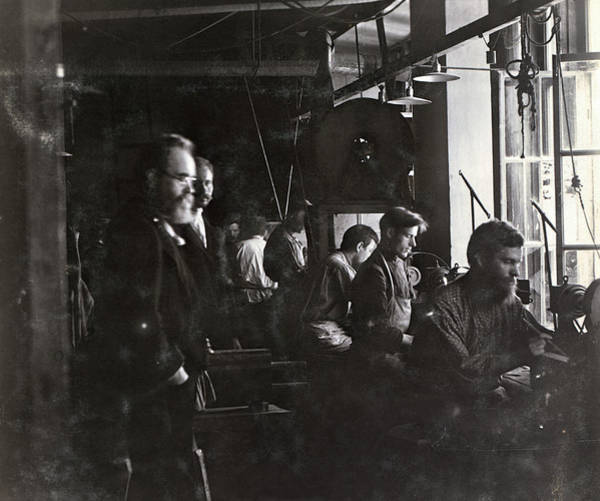 Imperial Russia Photograph - Russia Factory, C1910 by Granger