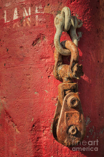 Chain Link Photograph - Rusty Chain On A Concrete Post by James Eddy