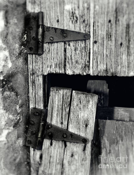 Photograph - Rusty Hinges Black And White by Pam  Holdsworth