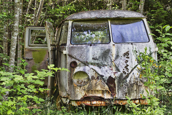 Photograph - Rusty Old Vw Van by Peggy Collins
