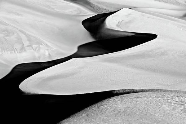 Contrast Photograph - Sandshape by Mohammadreza Momeni