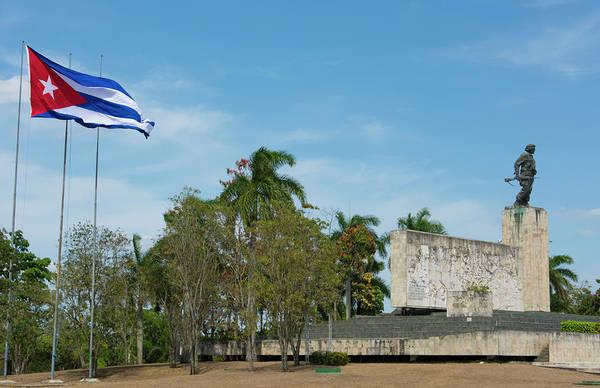 Wall Art - Photograph - Santa Clara, Cuba by Bill Bachmann