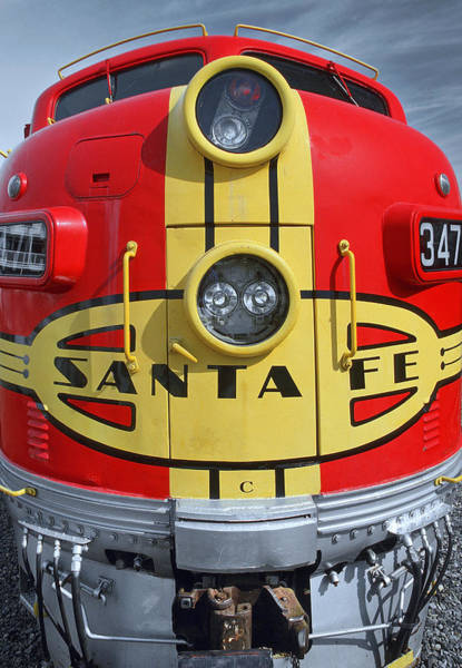 Wall Art - Photograph - Santa Fe Railroad Diesel Locomotive by Richard Hansen