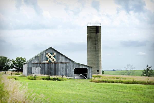 Photograph - Santa Fe Wagon Tracks Quilt Barn by Cricket Hackmann