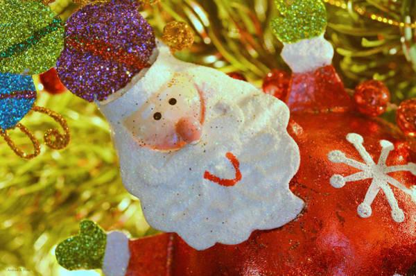 Santa Greetings Art Print