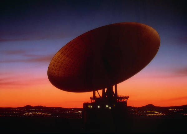 Satellite Receiver Photograph - Satellite Receiving Dish by Phil Jude/science Photo Library