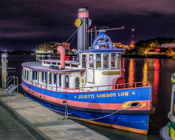 Lake Juliette Photograph - Savannah Belle Dot Ferry by Rob Sellers