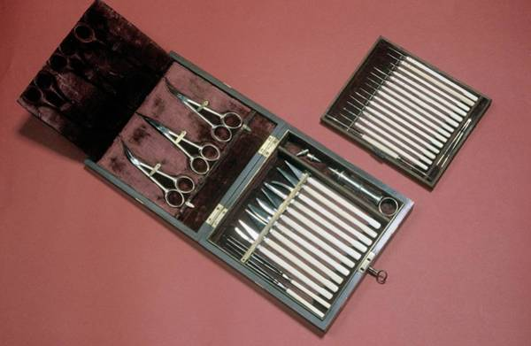 Surgery Photograph - Scalpels For Eye Surgery by Science Photo Library