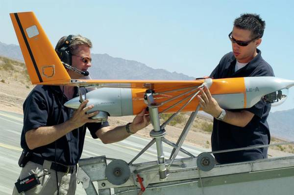 Marine Corps Photograph - Scaneagle Unmanned Aerial Vehicle by Us Marine Corps/science Photo Library