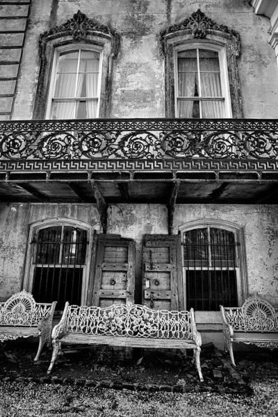 Photograph - Scrolls Of Savannah by Renee Sullivan