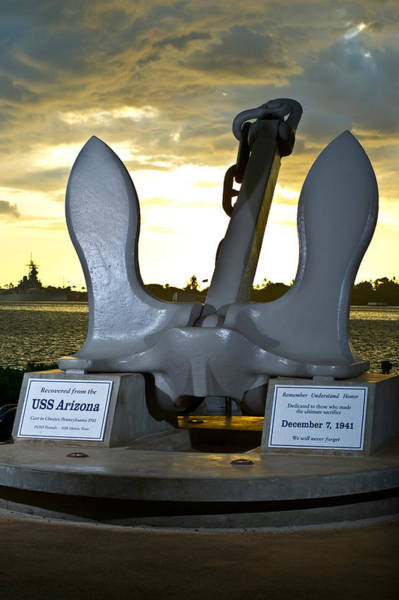Uss Arizona Wall Art - Photograph - Sculpture Of An Anchor, Uss Arizona by Panoramic Images