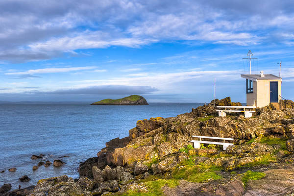 Wall Art - Photograph - Seaside View At North Berwick Scotland by Mark Tisdale