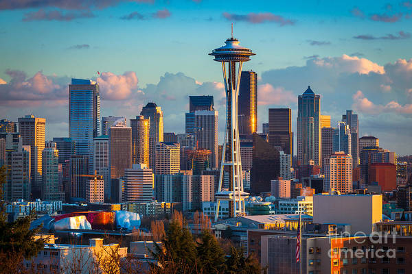 Space Needle Wall Art - Photograph - Seattle Afternoon by Inge Johnsson