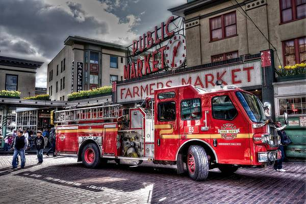 Fire Department Photograph - Seattle Fire Engine by Spencer McDonald