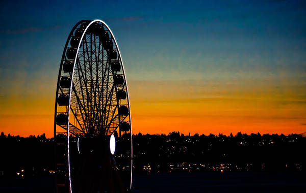 Sony Center Photograph - Seattle Great Wheel At Sunset by Ronda Broatch