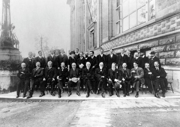 Special Effects Photograph - Second Solvay Congress by Emilio Segre Visual Archives/american Institute Of Physics