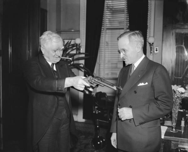 Vice Photograph - Senatorial Stickup by Underwood Archives