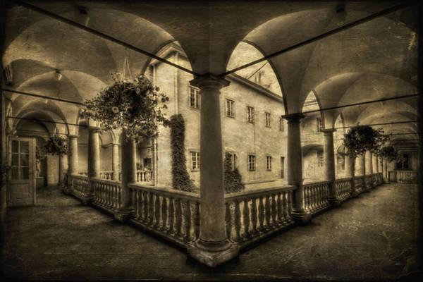 Columns Wall Art - Photograph - Set Me Free by Evelina Kremsdorf