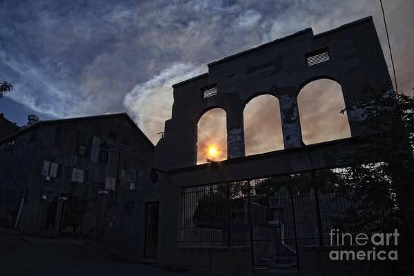 Photograph - Setting Sun Through La Victoria by Ron Chilston