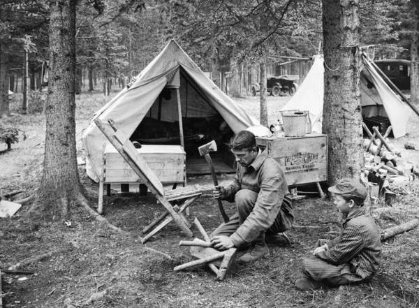 1921 Photograph - Setting Up Camp by Underwood Archives