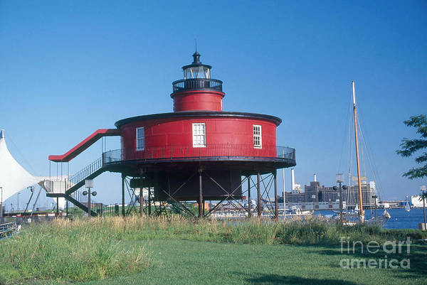 Screw Pile Wall Art - Photograph - Seven Foot Knoll Lighthouse by Bruce Roberts