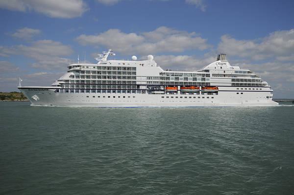 Photograph - Seven Seas Navigator by Bradford Martin