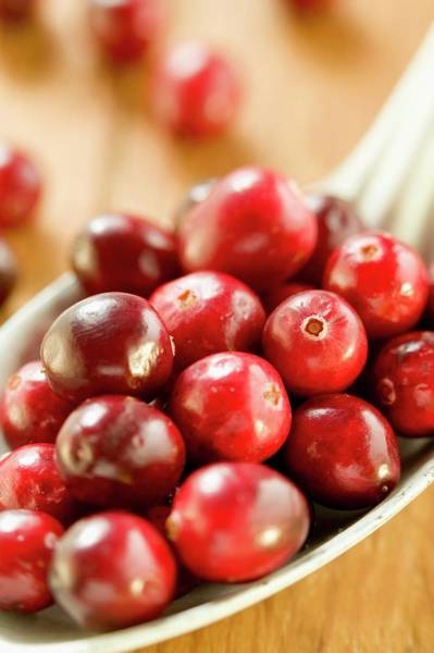 Wall Art - Photograph - Several Cranberries On Spoon by Foodcollection