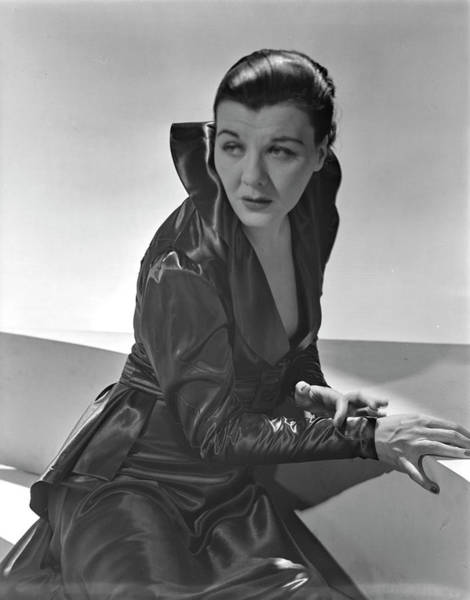 Barrett Photograph - Sheila Barrett Wearing A Gown With High Collar by Horst P. Horst