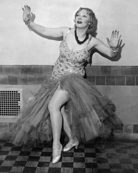 Photograph - Shimmy Queen Gilda Gray by Underwood Archives