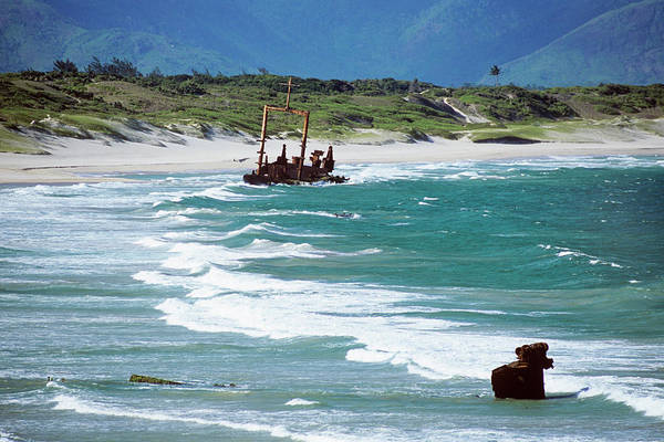 Madagascar Photograph - Shipwreck by Sinclair Stammers/science Photo Library