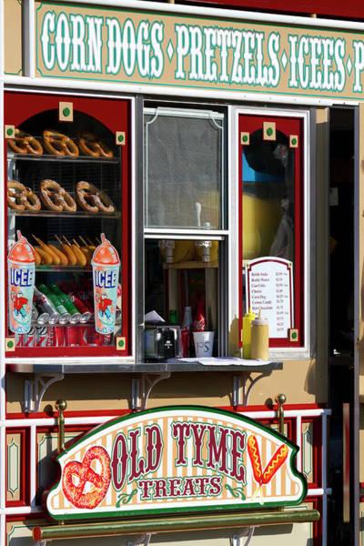 Shop Selling Snacks On Pier 39 In San Art Print