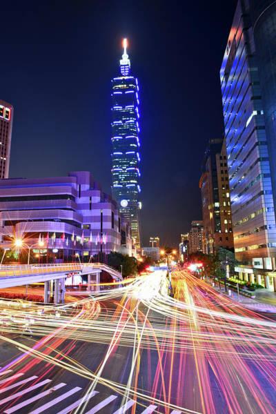 Taiwan Photograph - Shuttle by Taiwan Nans0410