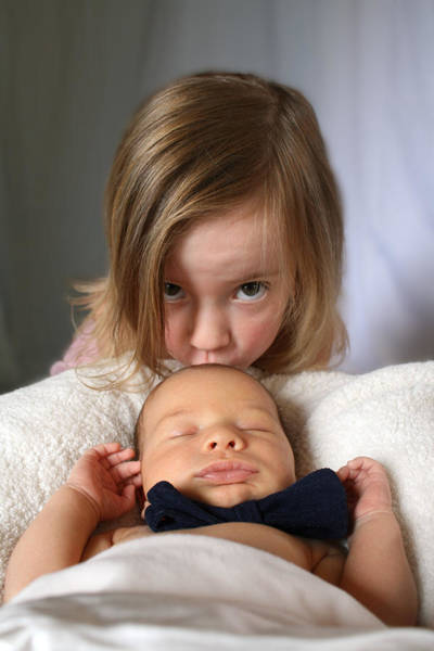 Photograph - Sibling Love by Ismael Cavazos