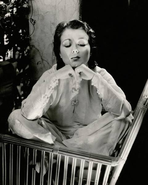 Pajamas Photograph - Sidney Fox Sitting On A Bamboo Chair by Edward Steichen