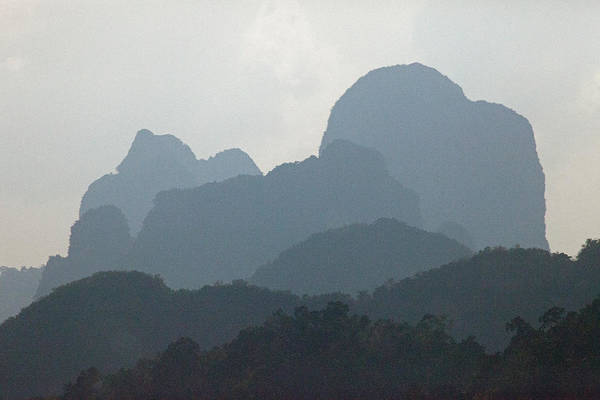Silhouettes Off Kart Limestone Peaks Art Print