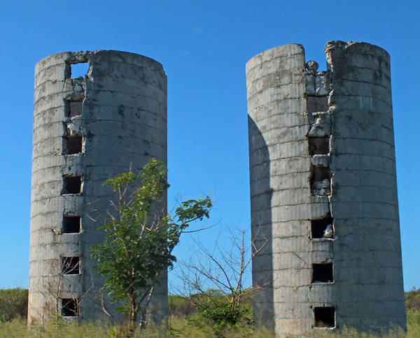 Photograph - Abandoned Silos Of Eleuthera 1 by Duane McCullough