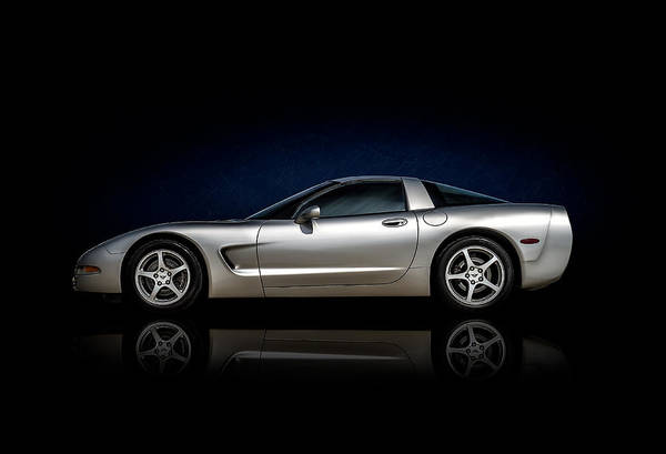 Chevrolet Digital Art - Silver C5 by Douglas Pittman