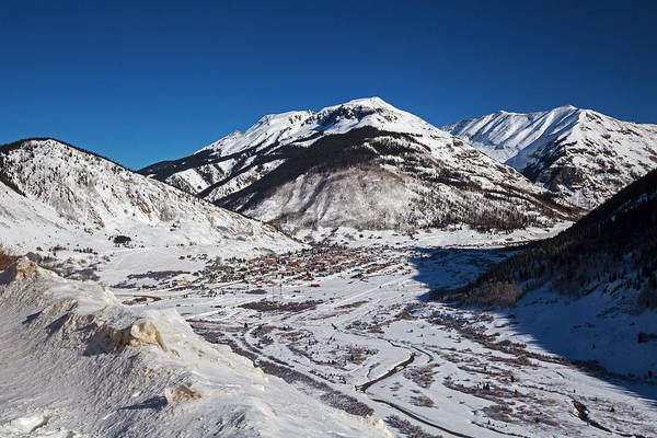 Wintry Photograph - Silverton by Jim West/science Photo Library