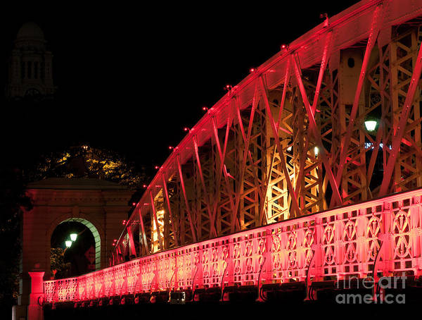 Rick Piper Photograph - Singapore Anderson Bridge At Night by Rick Piper Photography